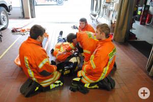 Rettung eins Atemschutzgeraetetraegers